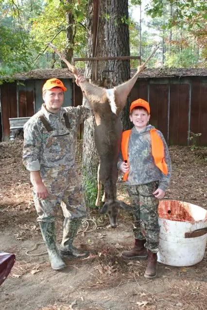 how long to hang deer
