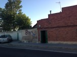 The Creepy Bar, Albergue, Riego del Camino