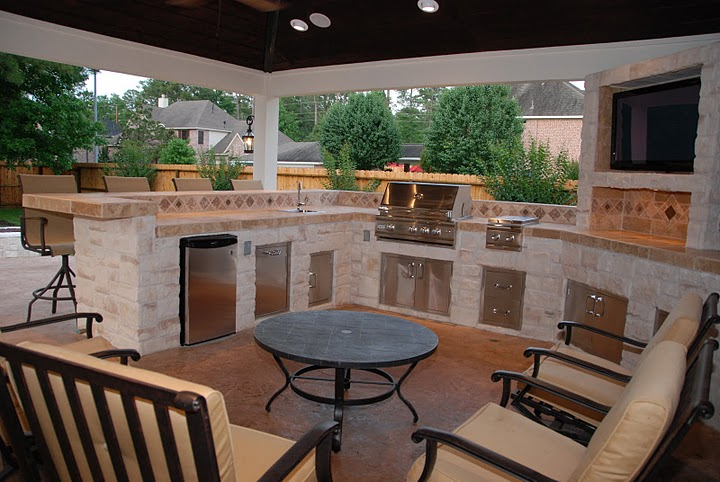Houston Outdoor Living Spaces - Garage Gets Glamorous! on Outdoor Kitchen Living Spaces id=40112
