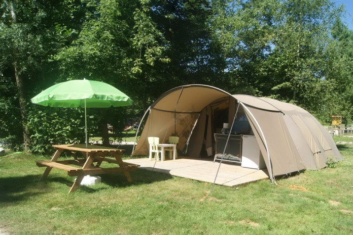 Camping Les Arbois Montjay
