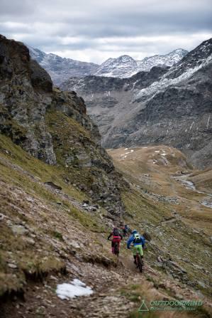 Endlose Naturtrails im Stelvio National Trail Park