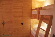 Doppelzimmer_Stockbett_Alpine_Lodge_Rinderberg_Outdoormind