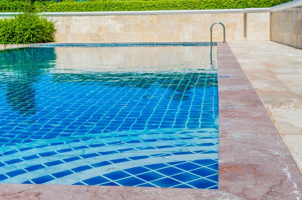 5 Questions to Ask Yourself Before Building a Swimming Pool ...