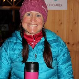 Alpin Deluxe Inhaberin Verena Stitzinger lächelt
