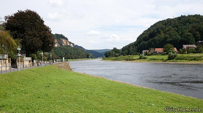 Gemütlich der Elbe entlang