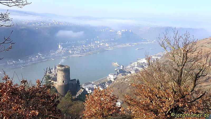 Rhein mit Burg Katz