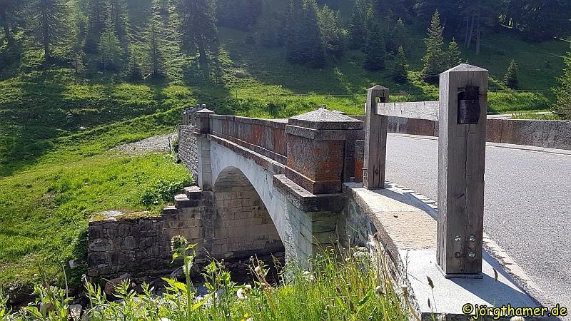 Marmorbrücke am Splügenpass