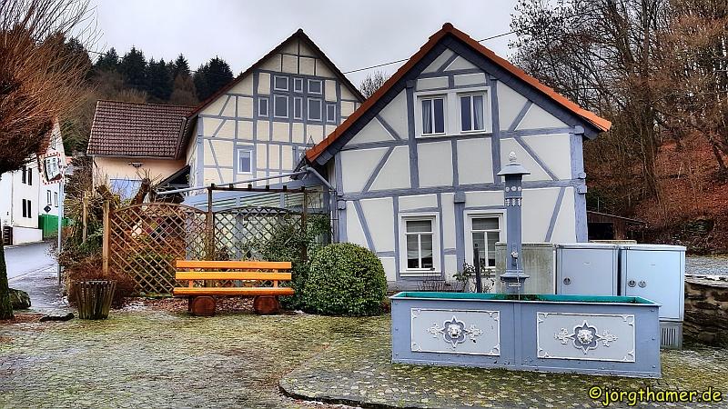 Fachwerkhäuschen in Finsternthal