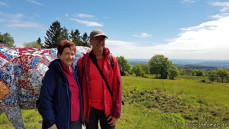 Wandern auf dem Bergmähwiesenpfad - Doris und Jörg sind Botschafter