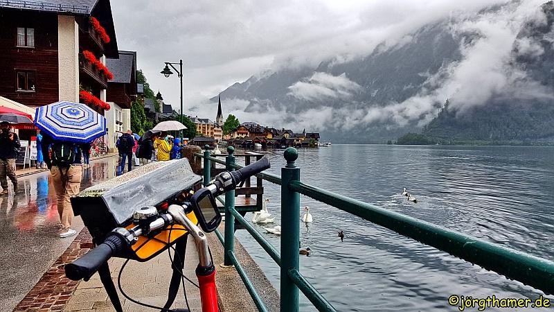 Eurobike Lenkertasche im Regen bei Hallstadt