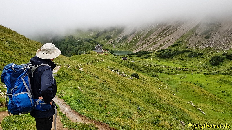 Grenzgänger Wanderweg Etappenziel Landsberger Hütte