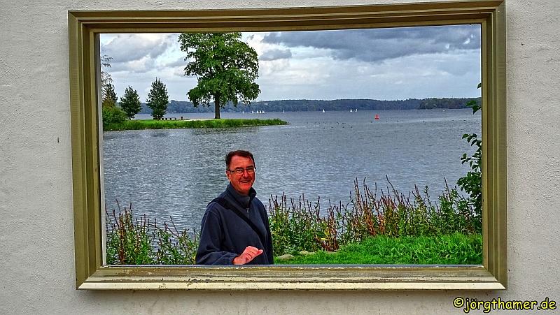 Blogger Jörg Thamer vor dem Schweriner Aussensee