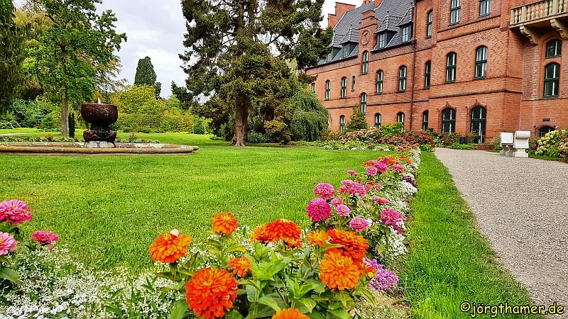 Schloss Wiligrad mit Parkanlage