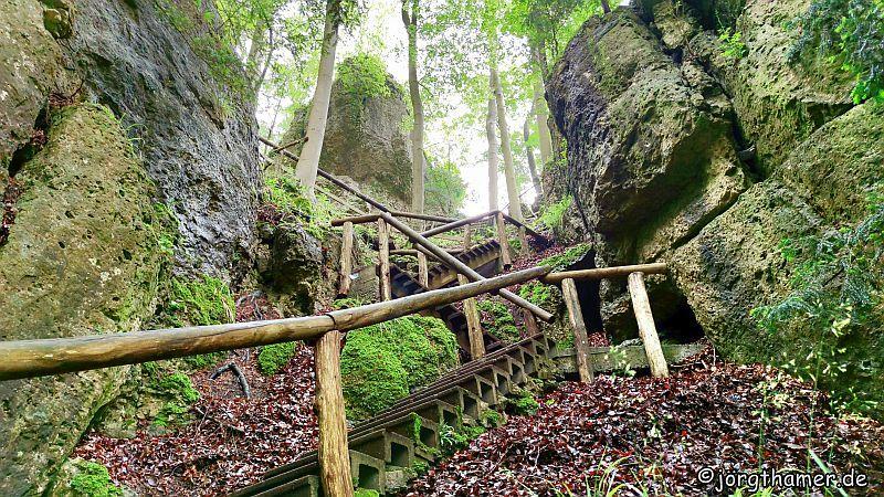 Felsensteig zur Burg Gößweinstein