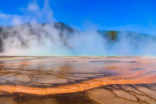 yellowstone itinerary yellowstone hot springs