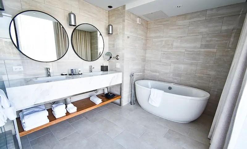 jw marriott tampa water street hotel bathroom
