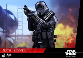 hot-toys-death-trooper-07