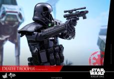 hot-toys-death-trooper-11