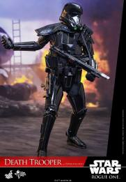 hot-toys-death-trooper-2
