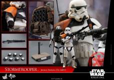 hot-toys-rogue-one-jeha-stormtrooper-tk-14057-007