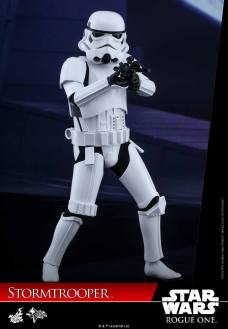 hot-toys-rogue-one-stormtrooper-004