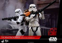 hot-toys-rogue-one-stormtrooper-set-007