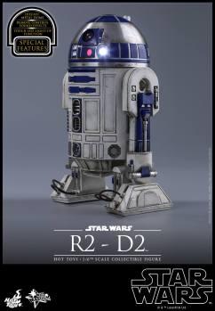 Force Awakens R2-D2 Hot Toys Figure