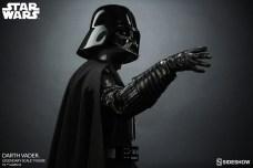 star-wars-darth-vader-legendary-scale-figure-400103-11