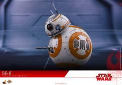 Hot-Toys-The-Last-Jedi-BB-8-004