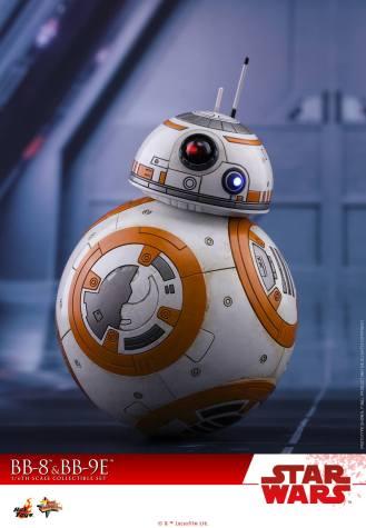 Hot-Toys-The-Last-Jedi-BB-8-and-BB-9E-Set-008