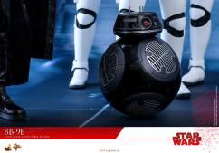 Hot-Toys-The-Last-Jedi-BB-9E-009