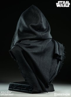 Kylo-Ren-Life-Size-Bust-008