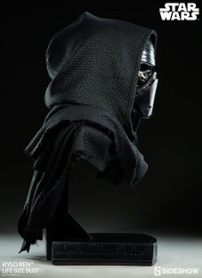 Kylo-Ren-Life-Size-Bust-011