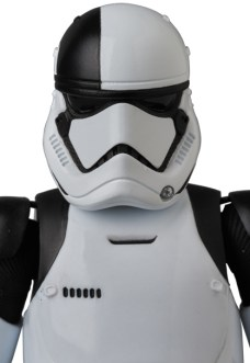 MAFEX-Last-Jedi-Executioner-Trooper-004