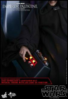 Hot-Toys-Star-Wars-Emperor-Palpatine-Deluxe-024