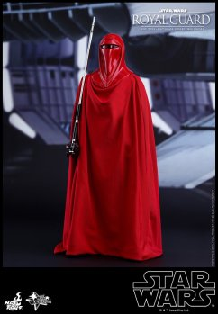 Hot-Toys-Star-Wars-Royal-Guard-001