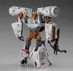 Star-Wars-x-Transformers-Millenium-Falcon-03-Chewbacca