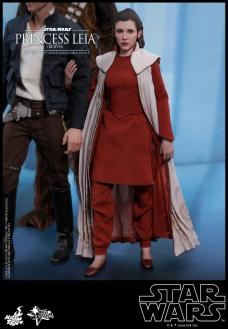 Hot-Toys-Bespin-Princess-Leia-015