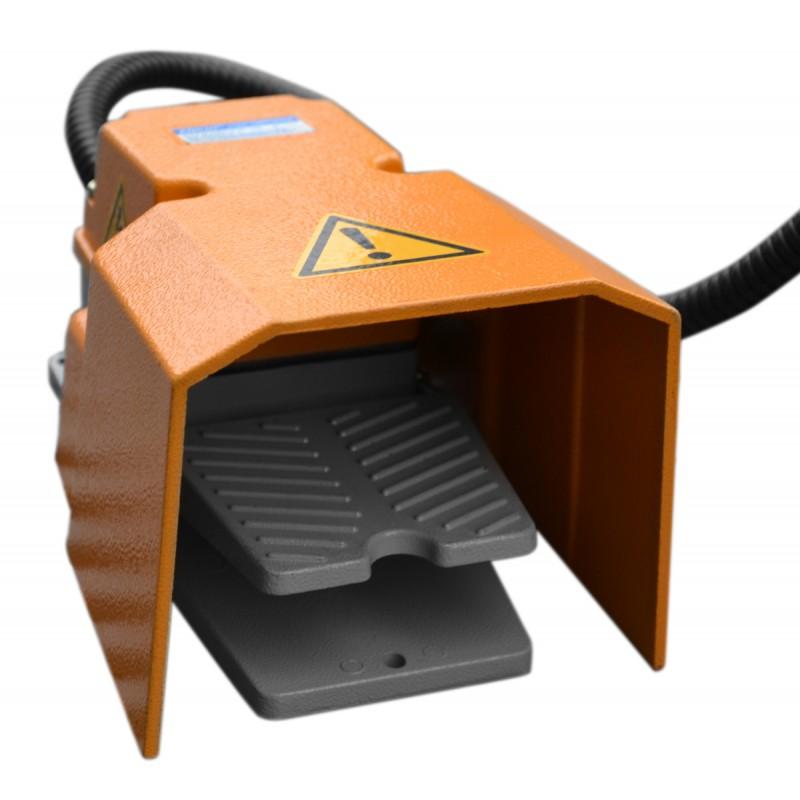 Table-positionneur-de-soudage-motorisé-Cormak-WP350-commande-pied