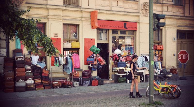 OutiLesPyy-Berlin-Stiefel-Kombinat-8