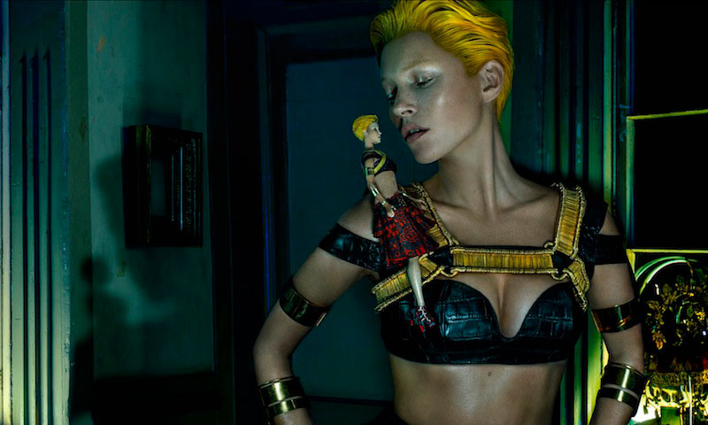Kate-Moss-McQueen-Summer-2014-campaign-4