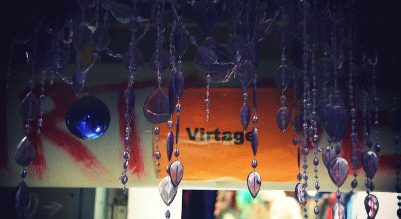 Virtage-vintage-Nexus-pukuvuokraamo-OutiLesPyy-14