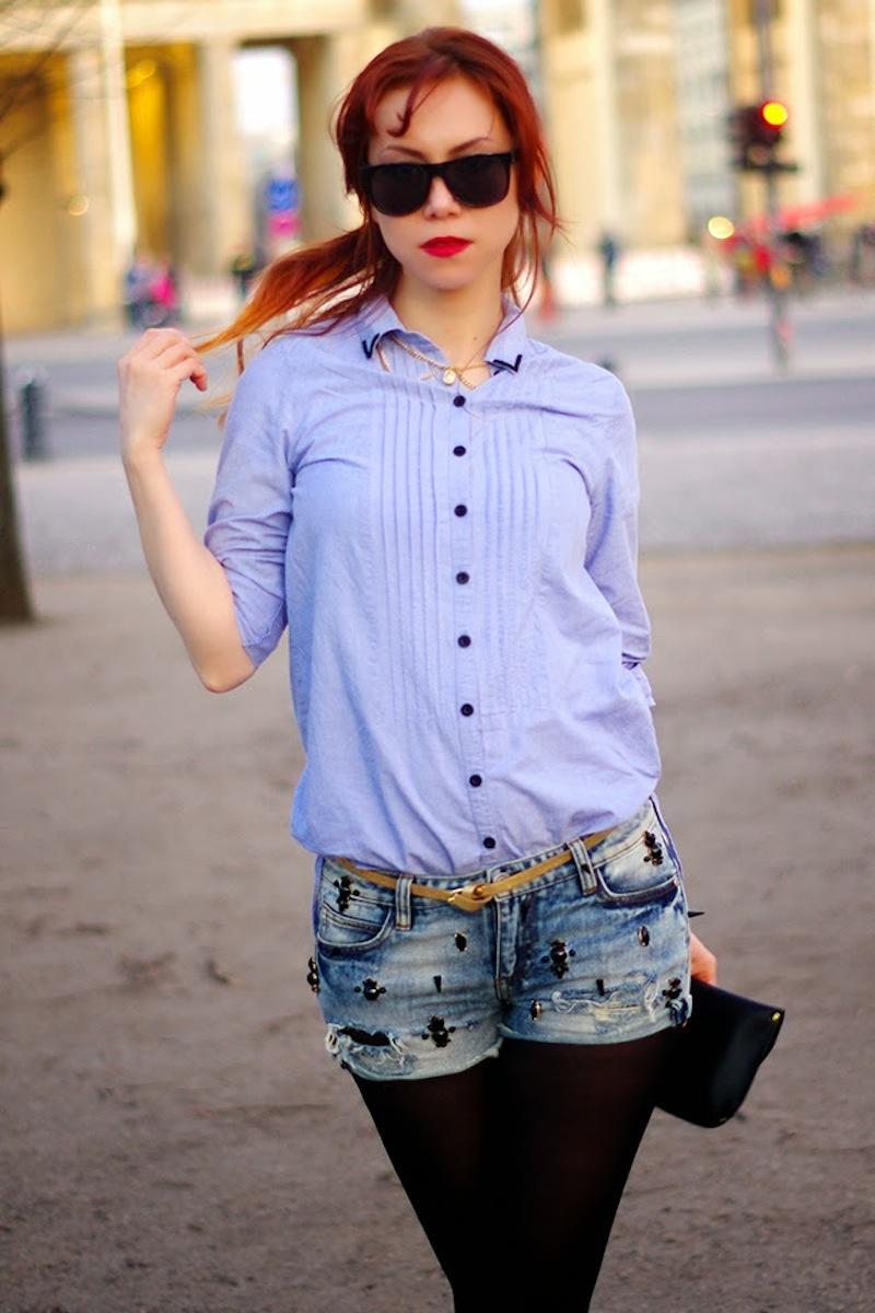 DIY embellished denim shorts. Designed by Xenia Kuhn for fashion blog www.fashionrolla.com-2