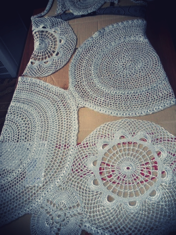 crochet diy doily dress 3.jpg_effected