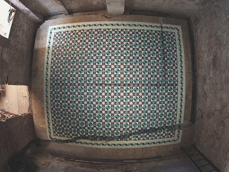 spray painted moroccon tiles 3