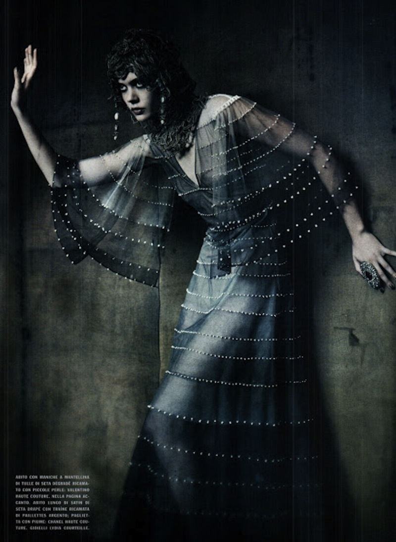 frida-gustavsson-monika-jagaciak-and-kristina-salinovic-by-paolo-roversi-the-haute-couture-vogue-italia-september-2011 3