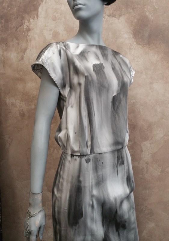 OutiLesPyy Pasila-sarja 80s mekko D5