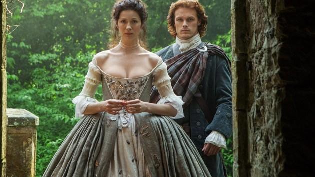 outlander-season-1-jamie-claire-sam-heughan-caitriona-balfe-starz