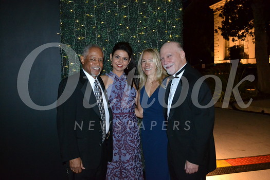 Board chairman Reggie Wilson, Pasadena Symphony CEO Lora Unger, gala chair Candice Rosen and City of Hope honoree Dr. Steve Rosen
