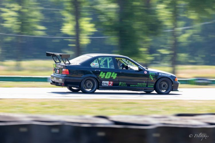 1997 BMW E36 M3 racing at VIR